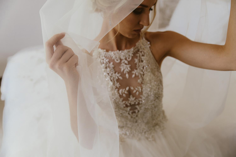 Bride-098E
